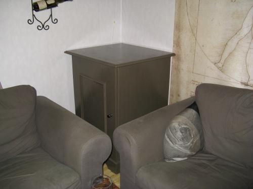 Möbeln på plats